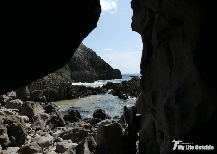 Lydtsep Caverns
